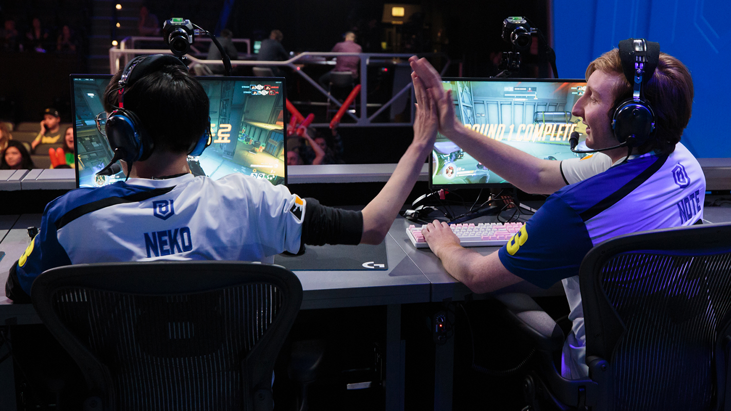 NotE and Neko giving each other a high-five