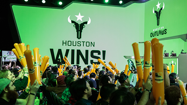 Houston Outlaws Claim Win No. 1
