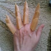 hand1_thumb.jpg