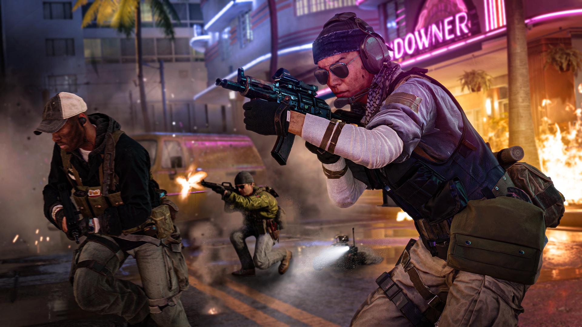 Спецназ отстреливается от врага в Майами