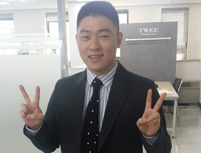 Ryujehong in a suit